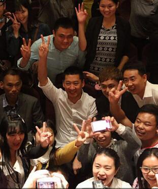 小S、蔡康永宣佈同進退離開康熙來了,眾星紛紛表達不捨,趙薇發聲明媒體報道關於收購優酷內部交易失實
