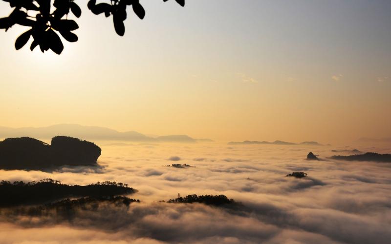 探險武夷山的碧水丹山