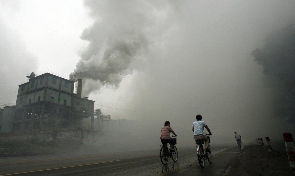 【台灣】一般口罩難防PM2.5  政府、民眾如何做?