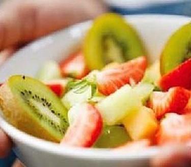 夏天防曬美白多吃這些食物