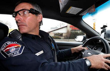 幫助警官工作的智能裝備