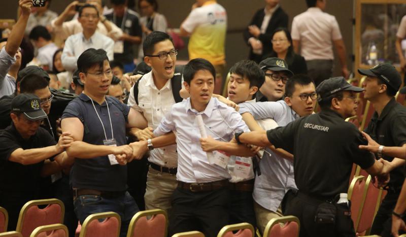 「港獨」激進分子妨礙選舉