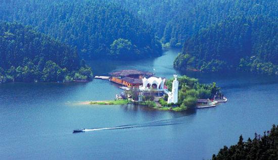 仙女湖:一身詩意,萬古人間