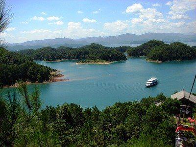 """千島湖:""""天下第一秀水"""""""