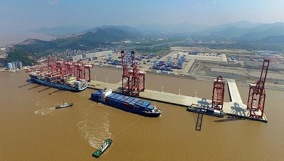 轉型期的中國經濟,正攀行在登頂前那段最險峻的上坡路