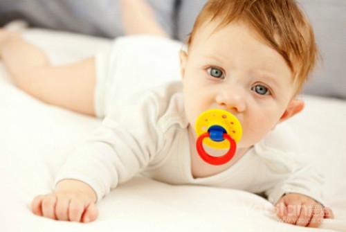 新手媽媽如何挑選寶寶奶嘴