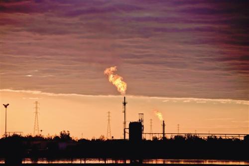 """拉美是我國石油公司""""走出去""""的重點戰略區域"""