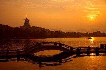 天堂很遠,杭州很近