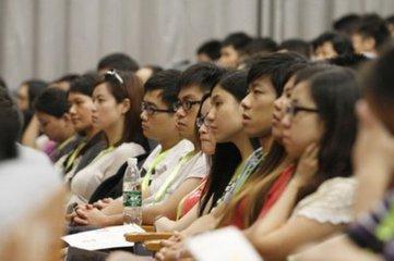 """香港年輕人應該把握""""一帶一路""""、粵港澳大灣區的發展機遇"""