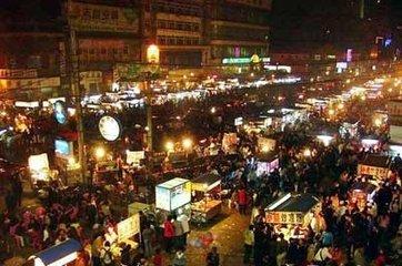 為你介紹北京那些著名的美食街和老字號招牌的美食