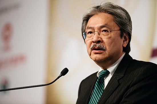財政司長曾俊華請辭 投身下届特首選舉