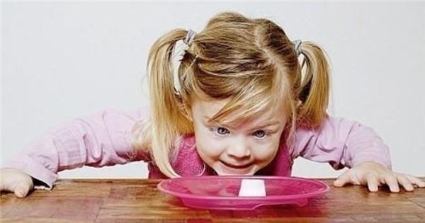 預防兒童散光