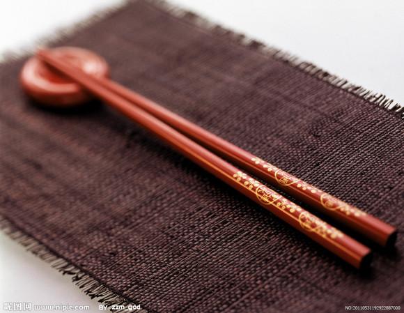用筷子有講究