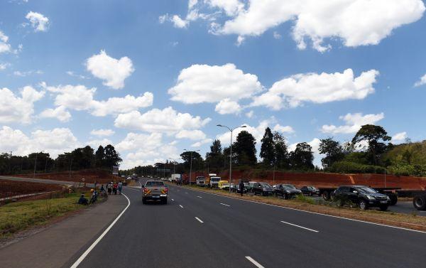 中國公司在肯尼亞投資、修路、建住宅小區