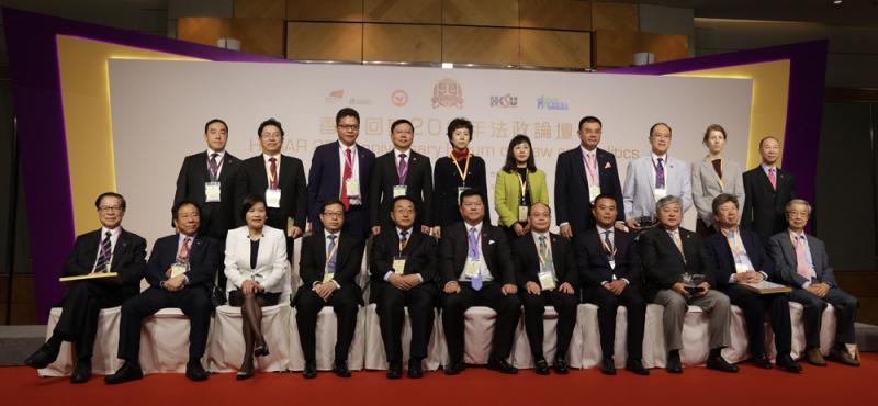 一國兩制保障香港穩定發展