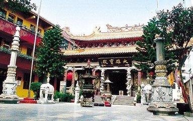 證果寺是北京八大處寺院中最古老的一座寺院