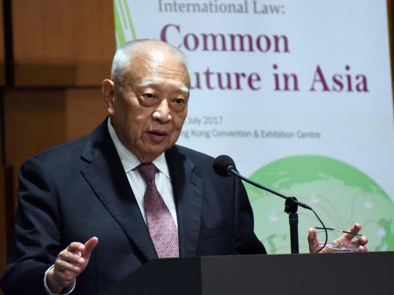 中央是香港堅強的後盾 一國兩制很重要