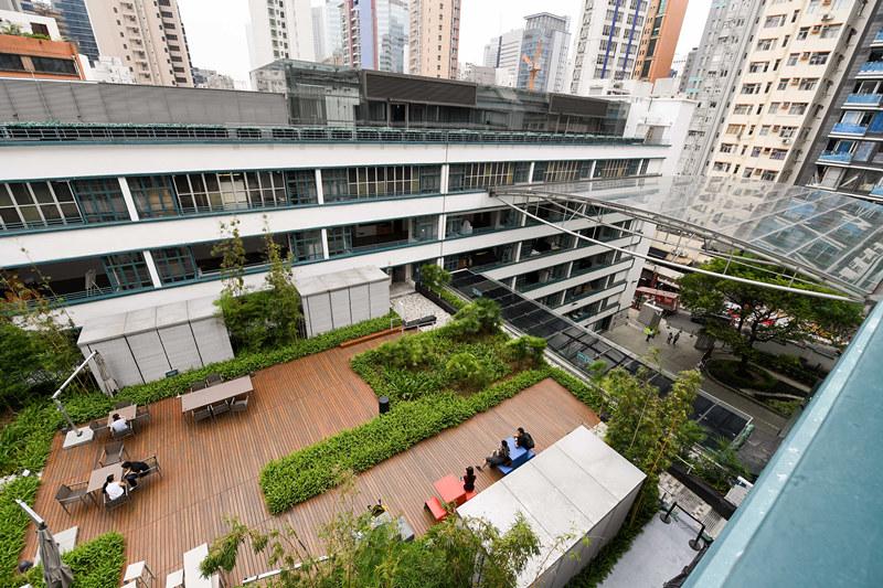 """""""一帶一路""""倡議和粵港澳大灣區發展對香港青年是大機遇"""