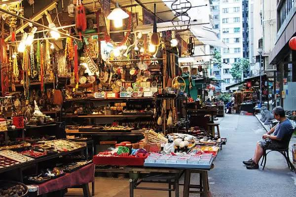味道是一種神奇而又實在的東西,香港也是