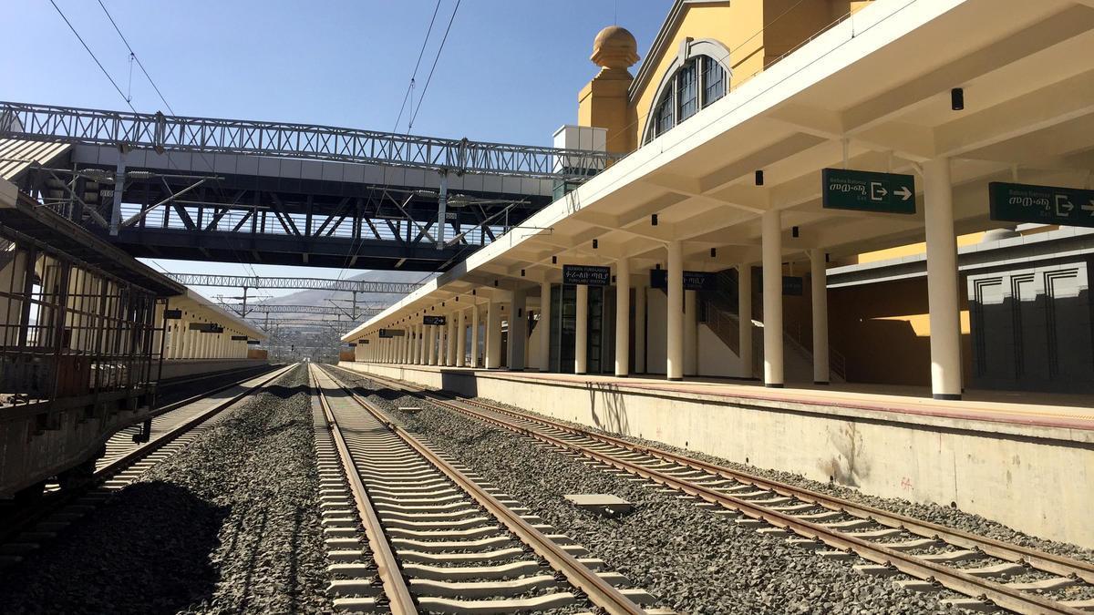 鐵路是中非友誼的一座豐碑