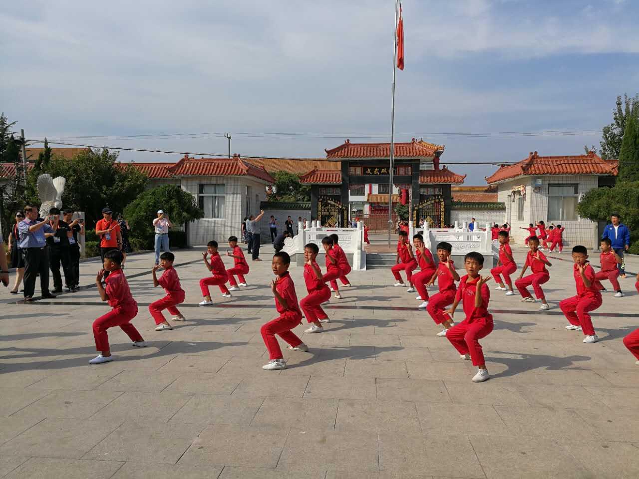 中華武校弘揚中國武術文化享譽世界