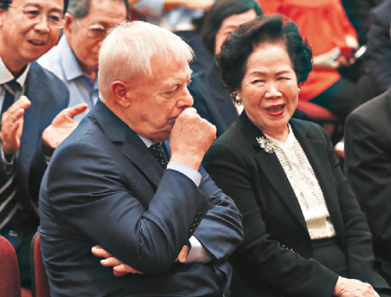 英政客無權干涉中國政治