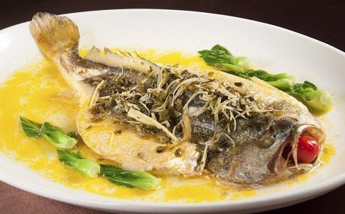 金秋十月當食鱸魚