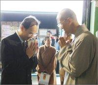 佛教的戒律應該是服務依法治國