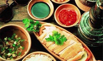 東南亞美食的顏色搭配豐富,隨手一拍便是一幅美食大片