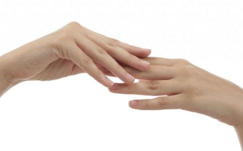 手指長倒刺怎麽辦