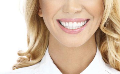 潔白牙齒要保養