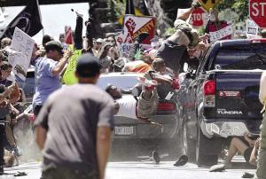 美國夏洛茨維爾騷亂引發人們對美國種種亂象的關注