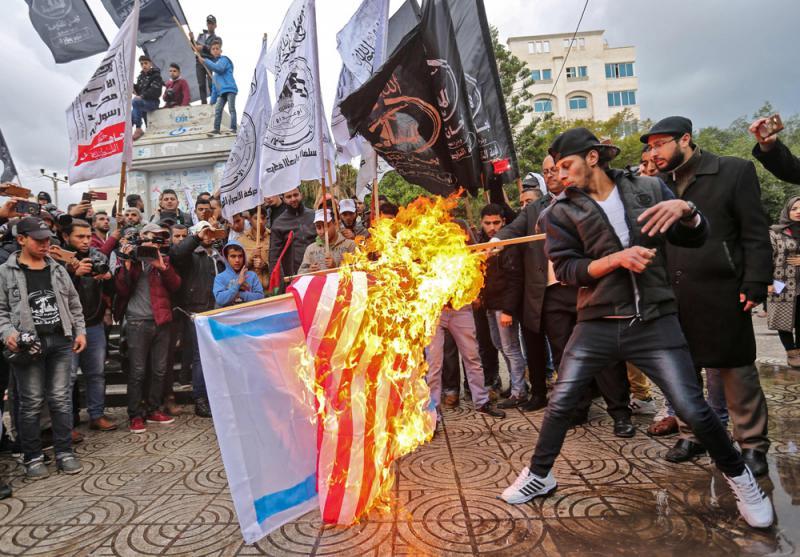 特朗普這次遷怒中東民衆