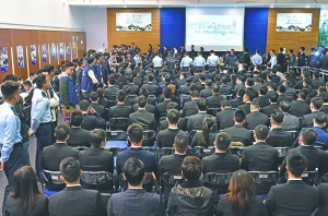 香港警察冬季招幕日收二千三申請