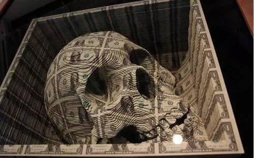 """史上最大""""金融泡沫"""",這場可怕的龐氏騙局終於崩塌了!"""