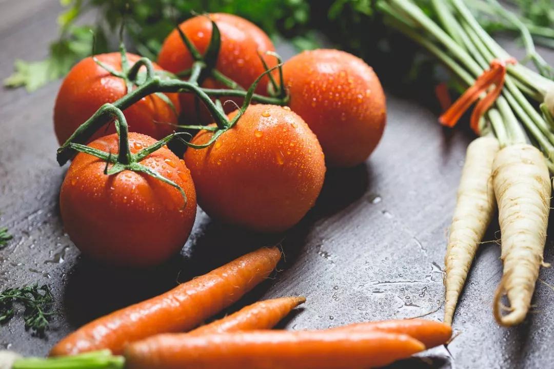 各種蔬菜保鮮小竅門,別再一股腦兒全扔進冰箱了