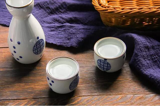 科學家給出驚人答案:中國人為什么要喝白酒?
