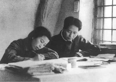 毛澤東沖天一怒為紅顏:我同江青結婚,誰管得著!