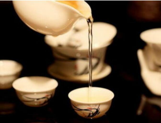 坤家茶丨你是誰的茶,在等哪杯水?