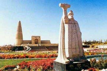 苏公塔是我国现存最大的伊斯兰式砖塔
