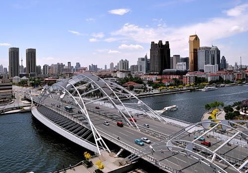 """天津港以新作為助力 壹季度對""""一帶一路""""沿線出口增長顯著"""