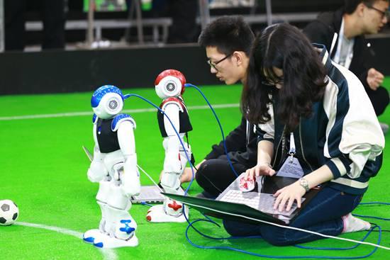 機器人大潮中暗藏多少偽命題