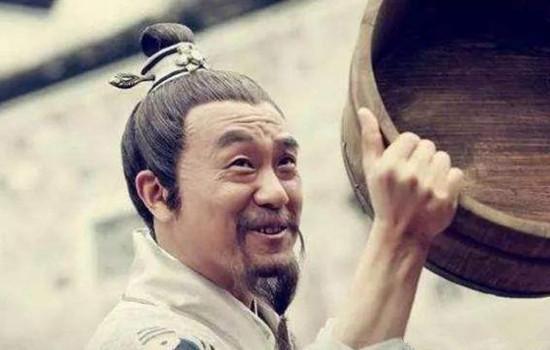 269年後,一農民得到劉伯溫臨死燒掉的奇書,當即造反,差點成功