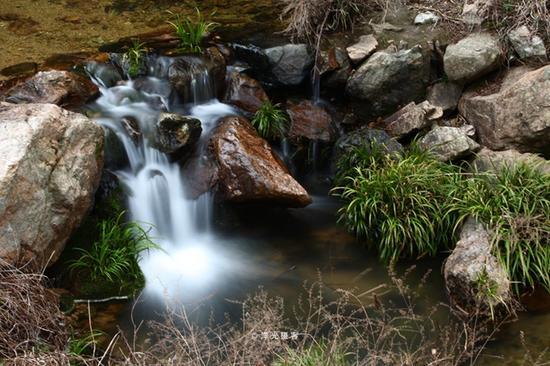 披雪瀑:長恨春歸無覓處,不知轉入此中來