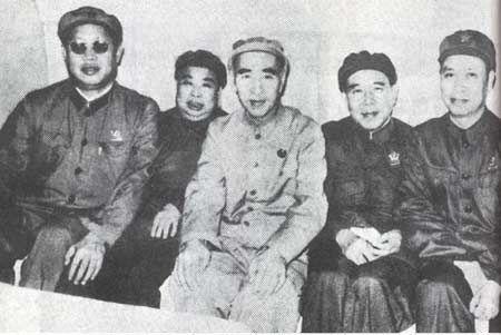 """陳伯達""""一仆二主"""":中國的天下將落入林彪之手!"""